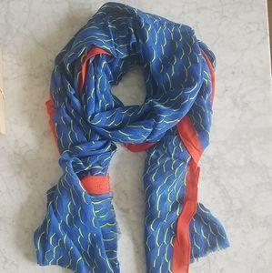 🌼 NWOT Club Monaco scarf